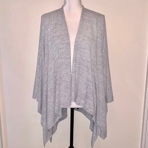 David And Young Gray Shawl Poncho One Size